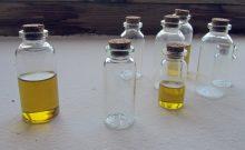 olej v láhvi